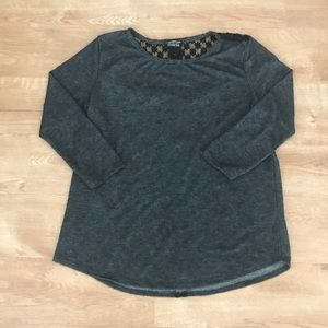 Grey & lace back 3/4 sleeve top